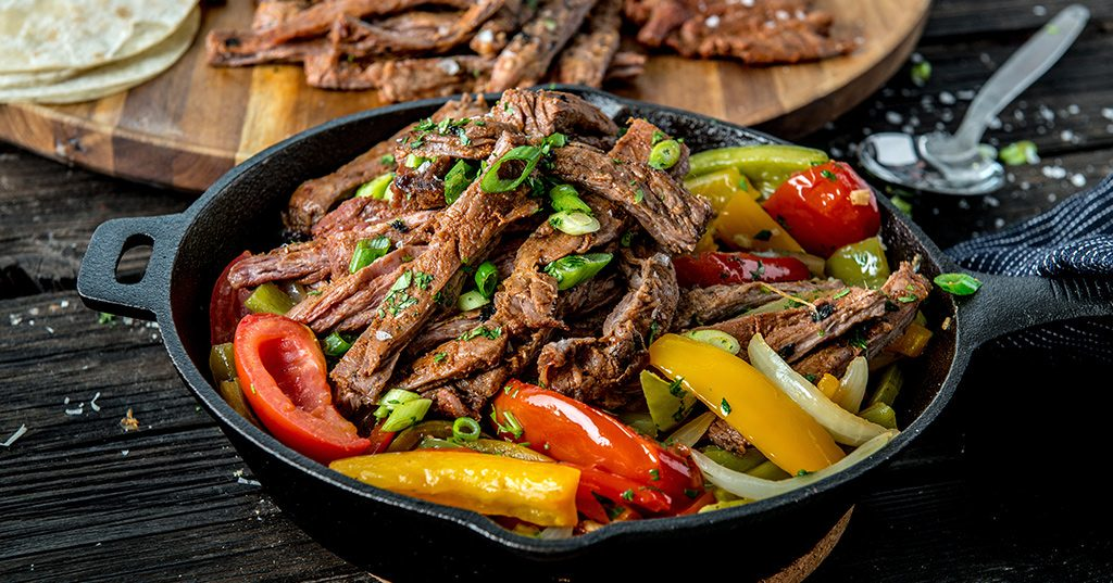 20170803_Sizzling-Fajitas-with-Grilled-Skirt-Steaks_RE_HE_M